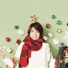 Christmas decor on the wall (with Aiba-chan!) The lights went straight across above him (but it's a different photo so I left it out).