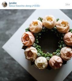 Korea 3D flower butter cream cake