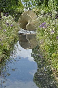 A fantan sculpture in the garden. So unexpected, but so perfect.
