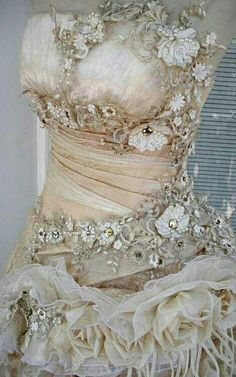 Again, not sure where I'd wear this, but would I love to? Yes!! A Fairy Tale Gown!