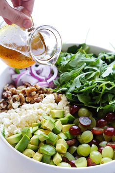 Grape, Avocado & Arugula Salad is simple, fresh and light. The crunchy walnuts add protein and texture to this flavorful salad. #thinkfisher #walnuts #yum