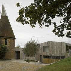 Duggan Morris Architects: Old Bearhurst House, East Sussex. A As Architecture, Contemporary Architecture, Architecture Wallpaper, Duggan Morris, Clad Home, External Cladding, House Extensions, Old Barns, East Sussex