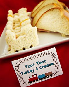 Train Sandwiches! This is what I'm going to do for ethans birthday party since it's Thomas the train themed