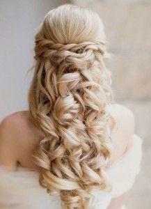 Cute Banquet Hairstyles   Tendance n°2 : La coiffure de mariage romantique pour cheveux long