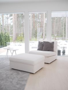Livingroom Interior Decorating, Interior Design, Scandinavian Interior, House Rooms, Minimalist Design, Floor Chair, Beautiful Homes, Sweet Home, Lounge