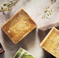 Authentic, organic and handmade Aleppo soap. Made with Olive and laurel oil. Soap Manufacturing, Aleppo Soap, Soap Making Process, Organic Soap, Smooth Skin, Bar Soap, Sensitive Skin, Cool Hairstyles, Hair Washing