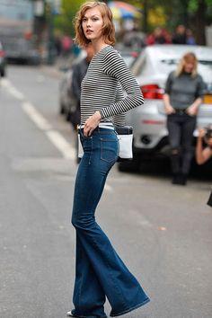 Quali sono le scarpe migliori da indossare con i pantaloni a zampa? Ecco 4 idee...