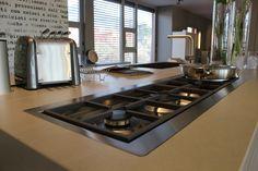 Cucina realizzata su misura rivestita in Kerlite  Showroom in via Valserio, 8, Nembro BG