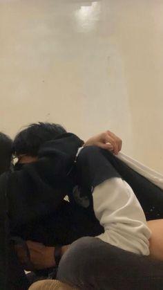 Teen Couple Pictures, Boyfriend Pictures, Boyfriend Goals, Couple Photos, Aesthetic People, Couple Aesthetic, Aesthetic Pictures, Cute Relationship Goals, Cute Relationships