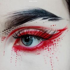 Whenever you do eye makeup, make your eyes look brighter. Your eye make-up must make your eyes stand out among the other functions of your face. Eye Makeup Art, Goth Makeup, Beauty Makeup, Geisha Makeup, Hair Beauty, Cosplay Makeup, Costume Makeup, Make Up Inspiration, Makeup Artist Business Cards