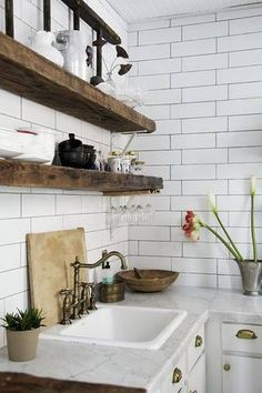 rustic kitchens <3
