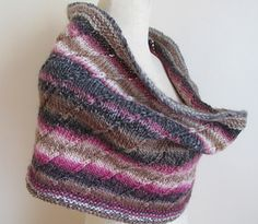 Wraps_and_shawls_021_small2