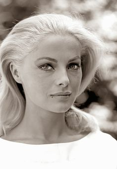 Film Noir Photos: The Eyes Have It: Virna Lisi