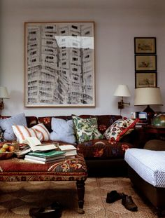 jeffrey bilhuber decorates  http://www.markdsikes.com/2012/07/16/the-great-american-decorator-part-1/