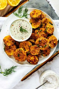 Keto Zucchini Chips - Air Fryer Or Oven Baked! Fried Zucchini Chips, Oven Roasted Cauliflower, Zucchini Sticks, Baked Chips, Zucchini Bread, Low Carb Recipes, Cooking Recipes, Healthy Recipes, Cooking Tips