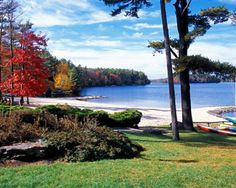 PENNSYLVANIA ~ The Poconos is one of the most beautiful recreation spots in the state. Fall foilege is so pretty in this area.