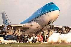 B747-400 from KLM taking off Schiphol http://1502983.talkfusion.com/product/