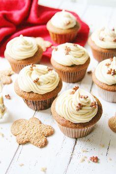 Gingerbread Cupcakes w/ Brown Sugar Cream Cheese Icing