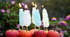 Tutoriales Bricolage, manualidades e ideas Luxury Candles, Diy Candles, Desi Wedding Decor, Wedding Decorations, Manufacture De Sevres, Chandeliers, Art Asiatique, Candle Craft, Ideas Hogar
