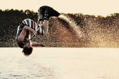 A guy that can actually wakeboard so sexy<3