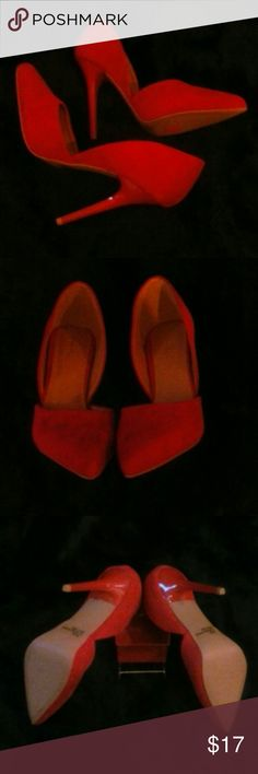 "Sale NWOT Quipid Faux Red Suede Size 8! New without tags great faux red suede shoes with 5"" heels. Shoe is faux suede, heel is faux patent leather.  No defects, no wear, no low balls! Bundle & save 10% Qupid Shoes Heels"