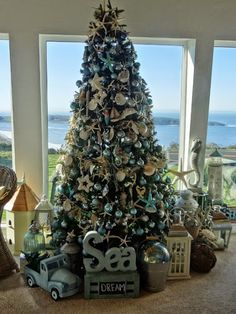 Check out these beautiful Christmas tree for living room. Bring home Christmas tree and decorate them and place them in your living room for Christmas. Beach Christmas Trees, Coastal Christmas Decor, Nautical Christmas, Tropical Christmas, Beautiful Christmas Trees, Christmas Tree Themes, Holiday Tree, Christmas Tree Decorations, Christmas Ideas