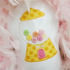 Gumball Machine Applique with buttons. Use clear plastic. Applique Embroidery Designs, Machine Embroidery Applique, Applique Patterns, Applique Quilts, Applique Ideas, Baby Applique, Embroidery Files, Fabric Crafts, Sewing Crafts