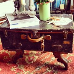 My mom put foot bookends on a suitcase to create a coffee table. by kelly rae roberts Decoupage Suitcase, Suitcase Decor, Furniture Makeover, Diy Furniture, Furniture Projects, Kelly Rae Roberts, Old Suitcases, Funky Junk, Creative Thinking