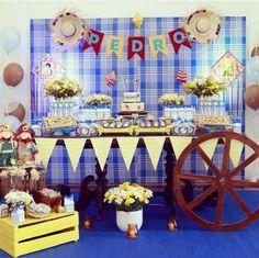 #decoração #festa #infantil #ideias #aniversario #meninos #são #joao #arraial #festa #junina George Pig, Birthday Parties, Birthday Cake, Alice, Wraps, Baby Shower, Table Decorations, Party, Gisele