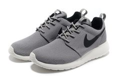 buy popular 8678d 5e31f Confortable Nike Roshe Run Yeezy Homme Grise Noir Black Shoes Sneakers,  Sneakers For Sale,