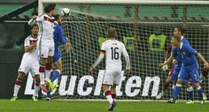 Hummels's goal. Germany vs Italy. #friendly 15 Nov 2013. Score 1:1