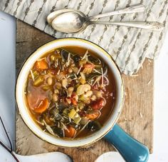Collard Green Soup, Collard Greens, Vegetarian Cookbook, Vegetarian Recipes, Healthy Recipes, Vegan Soups, White Bean Soup, White Beans, Real Food Recipes