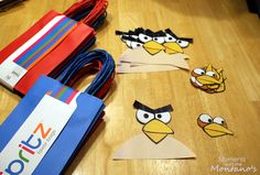 Downloads for DIY Angry Birds guest bags!  Who doesn't love Angry Birds these days?