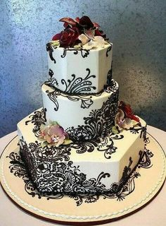 Wao! Something like this for a wedding. ..Henna Cake