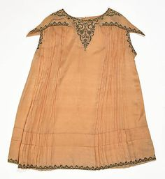 1920s baby girl's gown