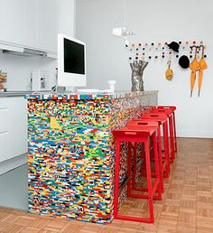 shut the front door!  lego kitchen island, which i actually think is kind of ugly, but still!