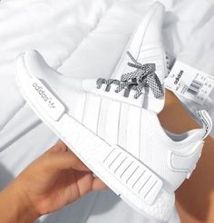 huge selection of 20b9b c61f7 ADIDAS Women s Shoes - Nmd blanches et lacets gris - Find deals and best  selling products for adidas Shoes for Women