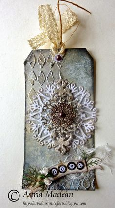 Astrid's Artistic Efforts: Mixed Media and Shabby Chic Chirstmas - the final two tags