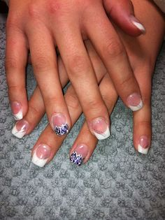 White & purple flower tips
