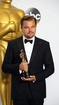 Leonardo DiCaprio Leonardi Dicaprio, Leonardo And Kate, Titanic Leonardo Dicaprio, Leo Love, Oscar Winners, Great Movies, Hollywood Stars, American Actors, Celebrity Crush