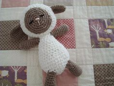 Crochet sheep by Lua Patch, via Flickr
