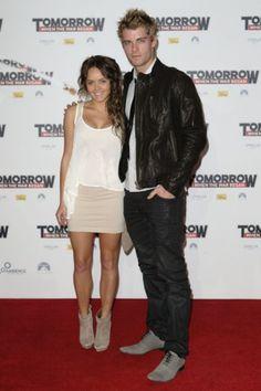 Rebecca Breeds and Luke Mitchell #lukemitchell #rebeccabreeds