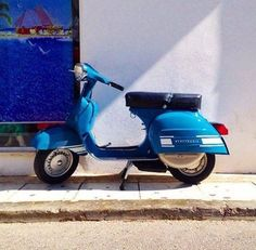 Blue Ralley Vespa
