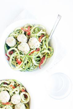 Pesto Zucchini Noodle Bowls with Sun-Dried Tomatoes and Turkey Zucchini Meatballs | Click for healthy recipe! | Paleo and Gluten-Free | Loveleaf Co.