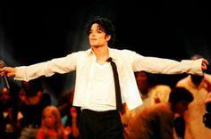 Michael Jackson, Rei do Pop, livre, para sempre