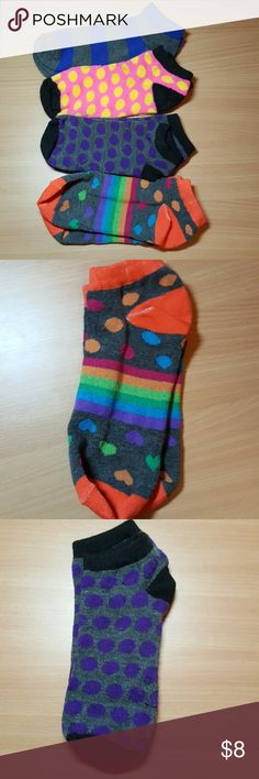 NWOT HUE Bundle of 4 Colorful Socks NWOT HUE Bundle of 4 Colorful Socks. Never worn. Came in 5 pack, wore 1 pair and selling these other 4. Perfect condition. Comes from pet and smoke free loving home. HUE Accessories Hosiery & Socks