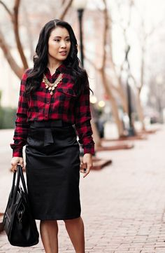 loving the plaid shirt/dressy skirt/statement necklace look Red Plaid Shirt Outfit, Plaid Outfits, Cute Outfits, Black Pencil Skirt Outfit, Pencil Skirt Outfits, Fall Winter Outfits, Autumn Winter Fashion, Red And Black Flannel, Skirts
