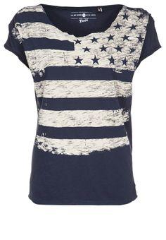 http://www.zalando.no/tom-tailor-denim-t-shirts-med-print-bla-to721d04d-k11.html