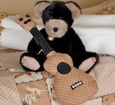 Violão de tecido decora e também é brinquedo (Foto: sew4home.com)