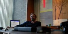 Hmmmm Nice LARGE desk you got there..... | Joe McMillan, Halt and Catch Fire S3